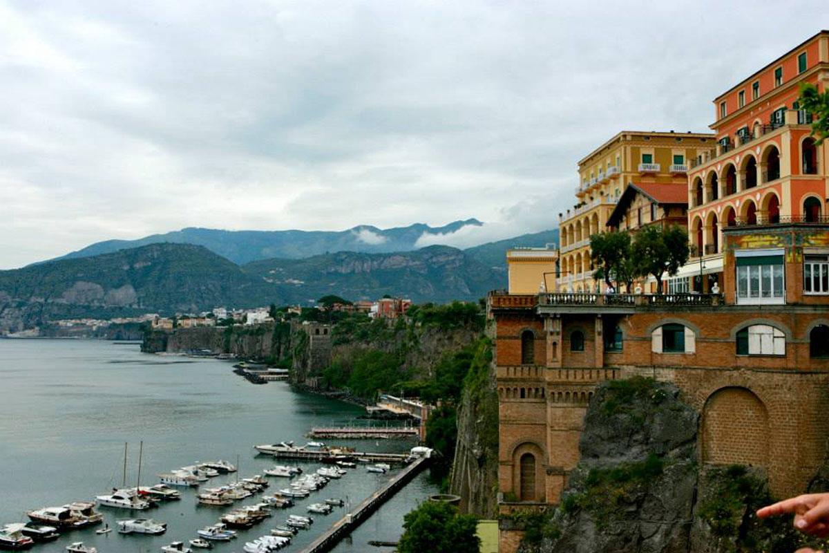 Sorrento positano amalfi tour for Amalfi to positano