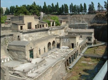 Pompeii Herculaneum Local Tour